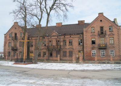 Zabytkowy budynek w Złakowie Kościelnym